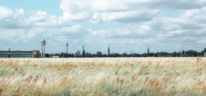 Horizon cityscape from the fields of Tempelhofer Feld, Berlin