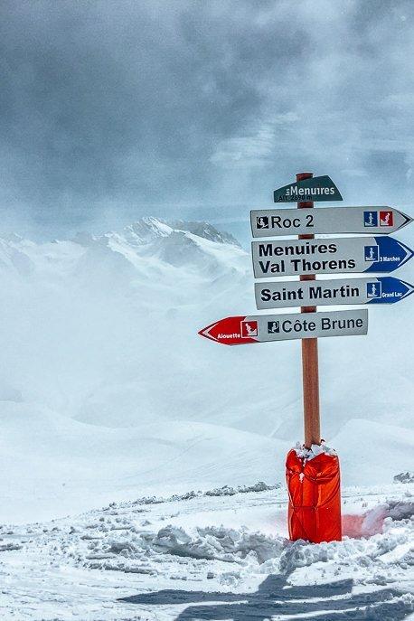 Signs in the ski fields at the top of Val Thorens, France