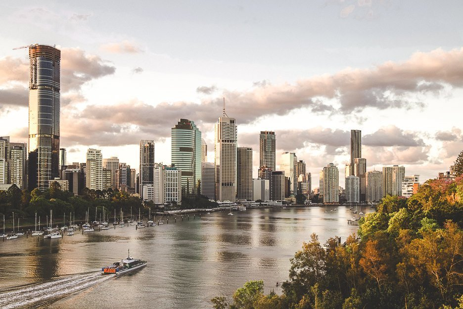 Catch a sunset from Kangaroo Point Cliffs - things to do in Brisbane Australia