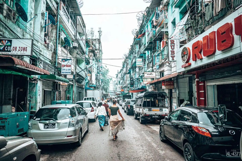 Yangon itinerary - 3 days in Yangon - wander the streets