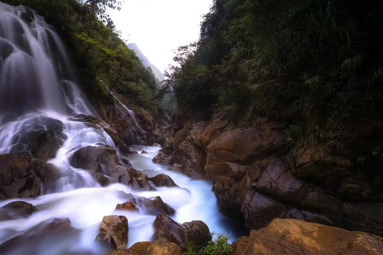 Picture of the Silver Waterfall in Sapa Vietnam