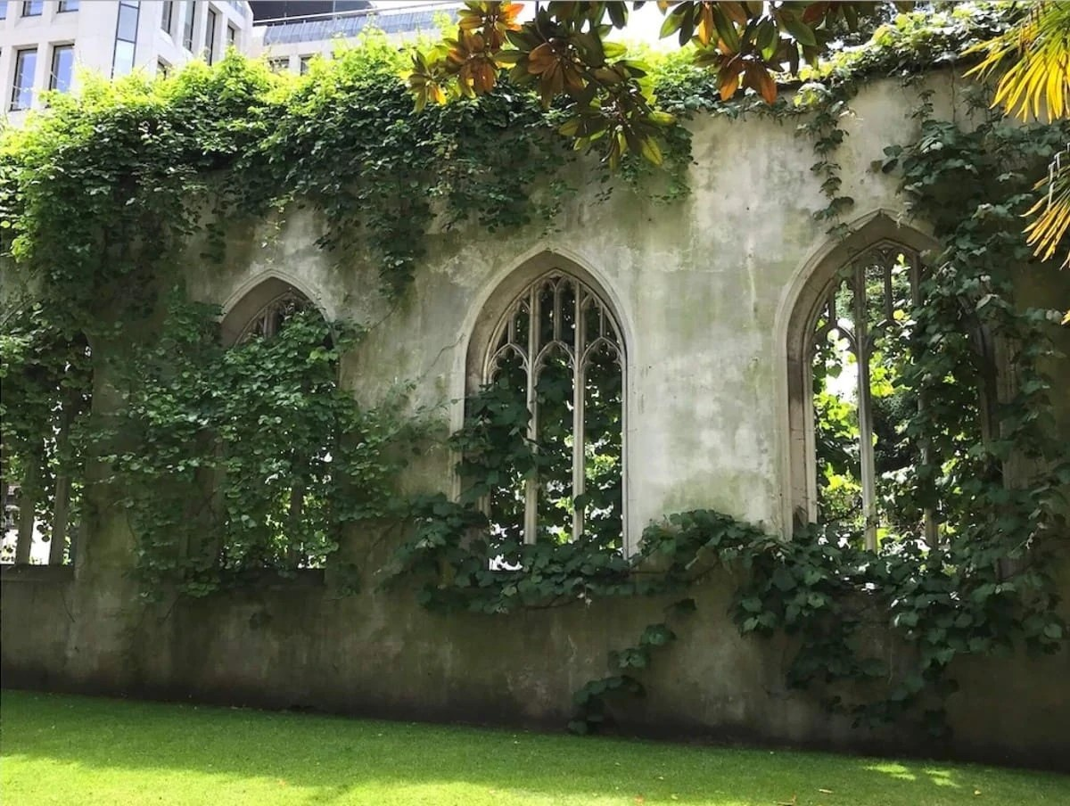 Hidden Gems in London - St Dunstans in the East