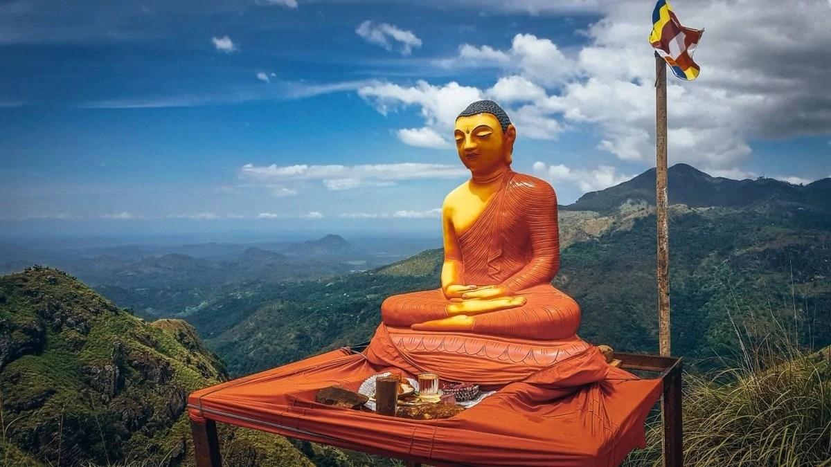 Climb Little Adam's Rock Ella Sri Lanka