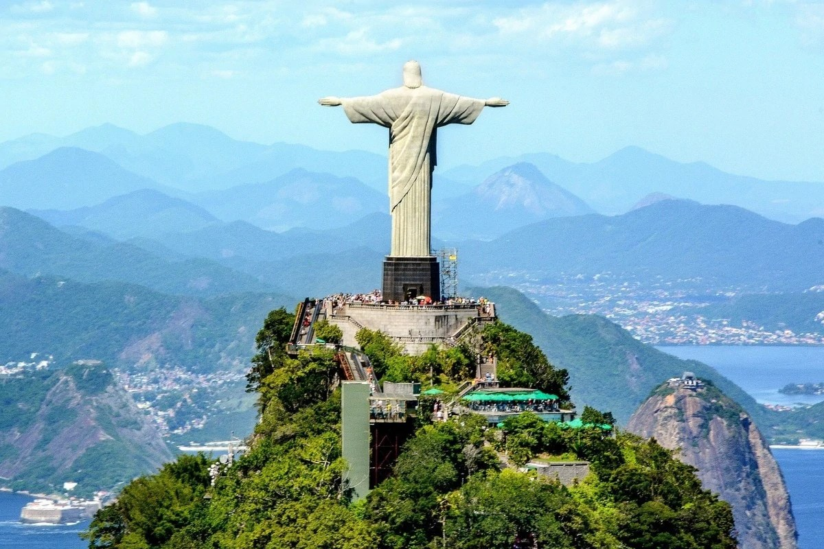 Monuments of the world - Christ the Redeemer
