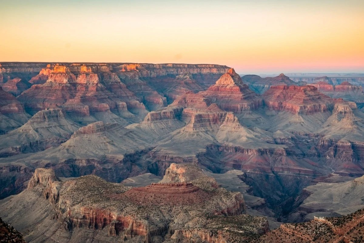 Landmarks in America - Grand Canyon makes the famous landmarks list