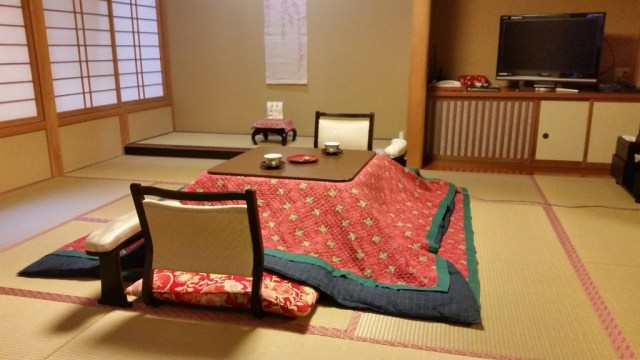 jinpyokaku ryokan review snow monkeys