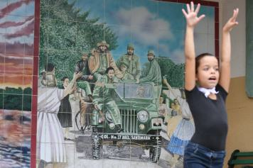 As a welcome, a group of girls performed an interpretive dance that celebrated the Revolution.