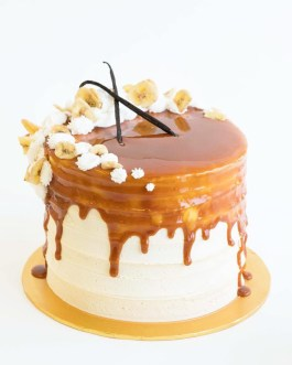 Vegan treats wedding cake Tahitian vanilla bean icing filled cream cheese frosting caramel