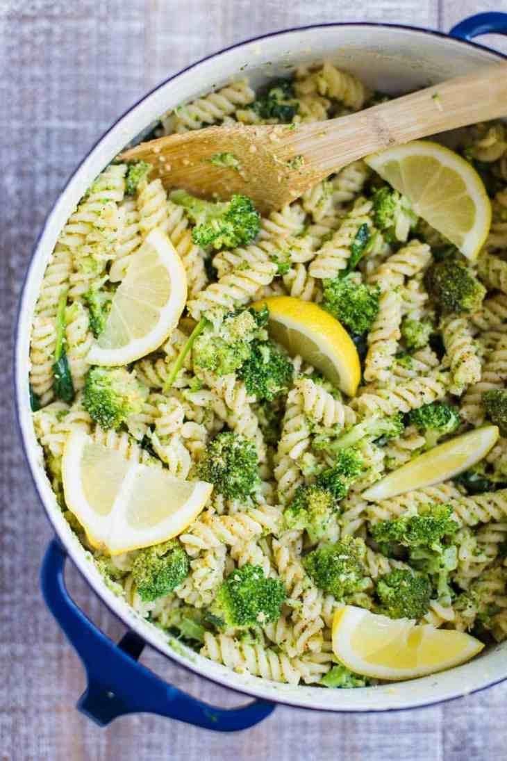 vegan-pasta-salad-broccoli lemon