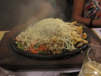 Vegetable sizzlers with spaghetti and cheese