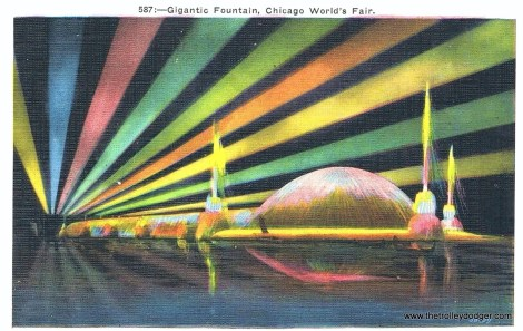 postcard-chicago-century-of-progress-worlds-fair-gigantic-fountain-night-colored-lights-1933-34