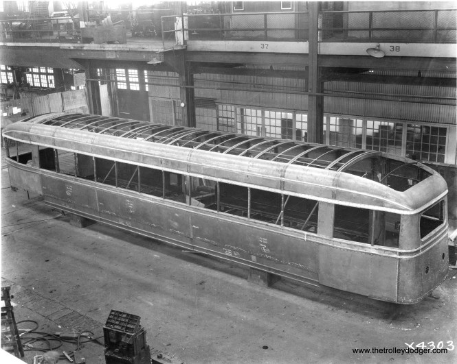 CSL 7001 under construction at the Brill plant in 1934.