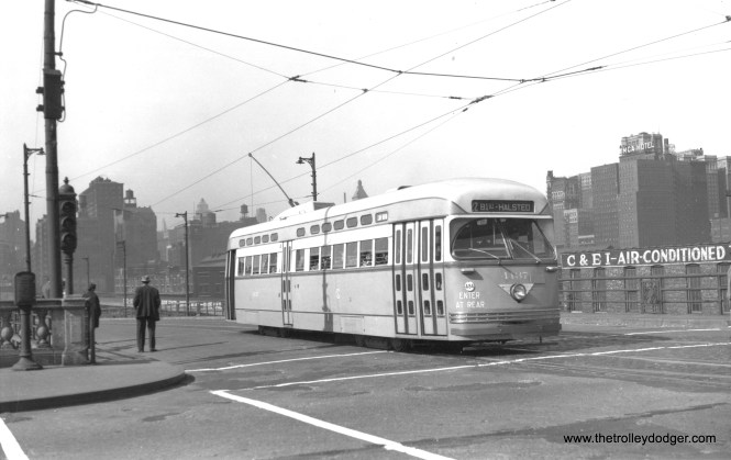 CSL 4137 at Clark and Roosevelt on May 11, 1947. (M. D. McCarter Collection)