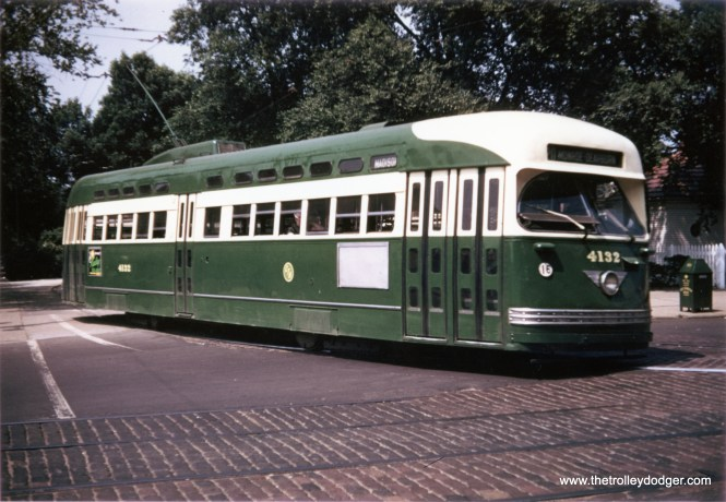 4132, newly repainted in Everglade Green and Cream, leaves the Madison-Austin loop on June 17, 1951. Note the difference in the roof treatment between this and some other cars in this paint scheme. (Krambles-Peterson Archive)