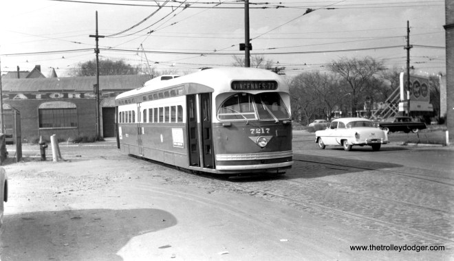 """One of our readers thinks that CTA 7217 is likely eastbound on 78th pulling off of Vincennes Avenue in this December 1953 view. They continue, """"Since the sun is obviously in the east, this appears to be a route 22 pull-in after the AM rush."""" (Harold A. Smith Photo)"""