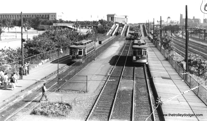 CTA 310 and 150 at the Museum Loop in Grant Park in 1950. (Robert W. Gibson Photo)