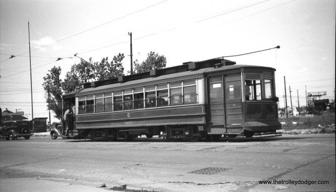 CTA 5257 at 79th and Western on July 31, 1948. (C. Edward Hedstrom Photo)