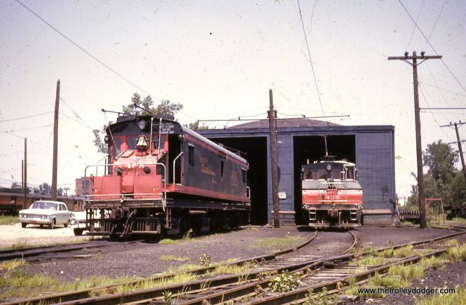 CNS&M electric locos 458 and 455 in July 1962.