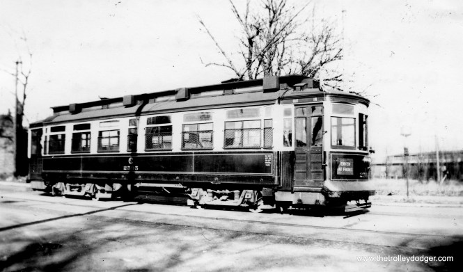 """Don's Rail Photos says CSL 2595 was """"built by St Louis Car Co in 1901."""" The 2501-2625 cars are known as Robertson rebuilds. 2595 is shown on the Riverdale line on November 11, 1939."""