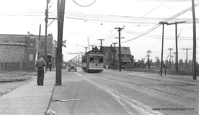 Is this a Chicago streetcar, and if so, where was this picture taken? (Sorry for the lo-res image.)