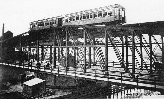 "The old Lake Street ""L"" bridge over the Chicago River. (George Trapp Collection)"