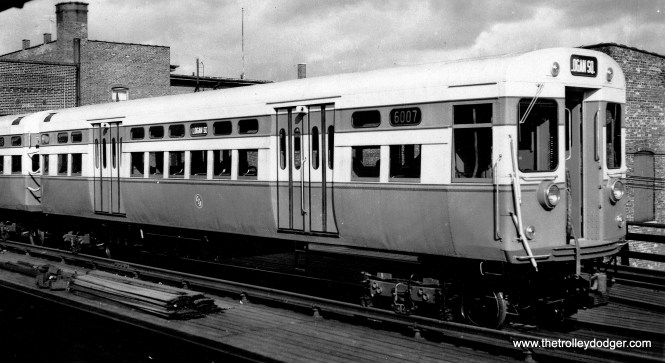 CTA 6007-6008. Note how the ends of these cars were painted differently than 6001-6004. (George Trapp Collection)