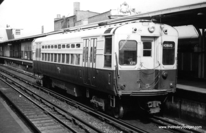 A CTA single car unit at Howard on the Evanston shuttle. (Lou Gerard Photo, George Trapp Collection)