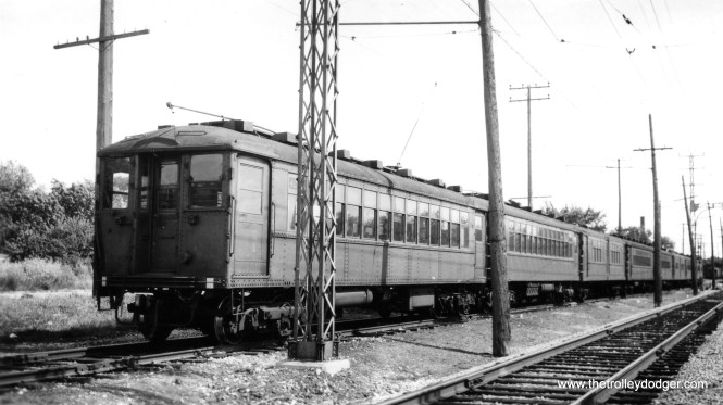 A train of CRT 4000s on the North Shore Line. (George Trapp Collection)