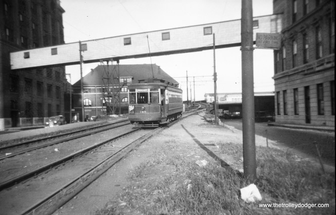 CSL 185 on the Roosevelt Road extension in 1946. (Walter Hulseweder Photo)