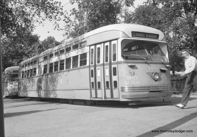 CTA 4109 at Madison and Austin in August 1948.