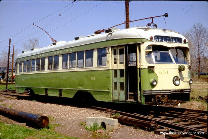 Illinois Terminal double-ended PCC 451 at the Connecticut Trolley Museum in May 1967. (Gerald H. Landau Photo)