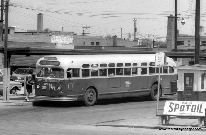 CTA 6532 at the Western and 79th loop, running on Route 79.