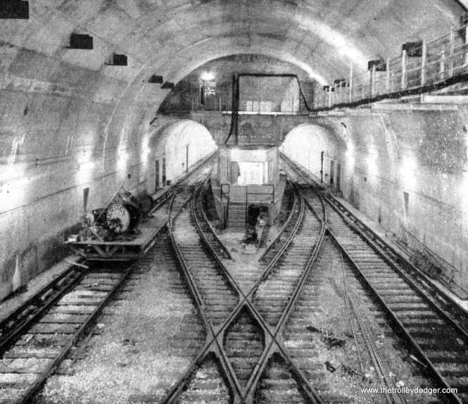 From 1951 to 1958, the Milwaukee-Dearborn Subway ended at a stub-end terminal at LaSalle and Congress. The station was then called Congress Terminal.