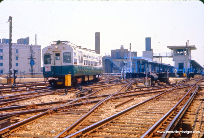 A single-car CTA Skokie Swift train leaves Howard Street in June 1977.