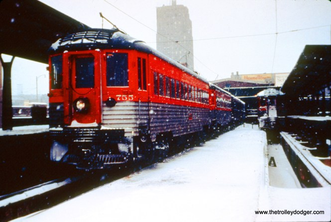 On the left at the NSL Milwaukee Terminal, train 422, with cars 755, 753, 726, and 252, is departing. The train at right, with cars 762 and 409, will remain for about an hour, before leaving as train 424. Meanwhile, one of the two Electroliners is scheduled to go out between them, but has not yet arrived. (John D. Horachek Photo, William Shapotkin Collection)