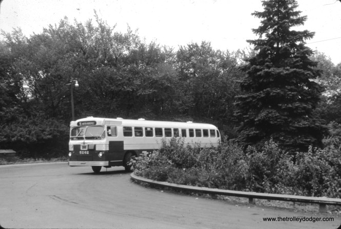 CTA bus 5262 is at the end of Route 91 - Austin Boulevard. (William Shapotkin Collection)