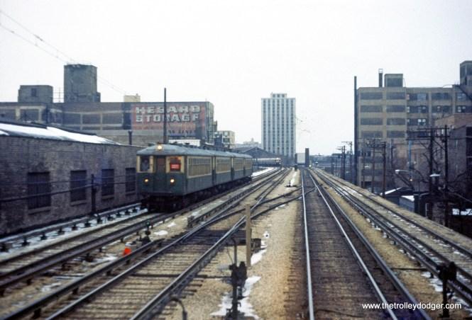 CTA 4000 series Evanston Express service s-b