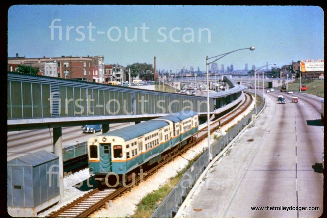 A two-car CTA train of 6000s at Kedzie on the new Congress median line in 1958.