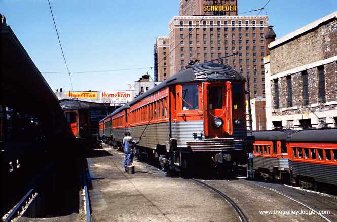 North Shore Line car 754 gets a bath at the Milwaukee Terminal on May 14, 1961. (Gordon E. Lloyd Photo, Wien-Criss Archive)