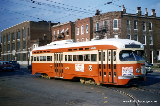 St. Louis Public Service PCC 1628 arrives at South Broadway carhouse on August 23, 1958. (Clark Frazier Photo)