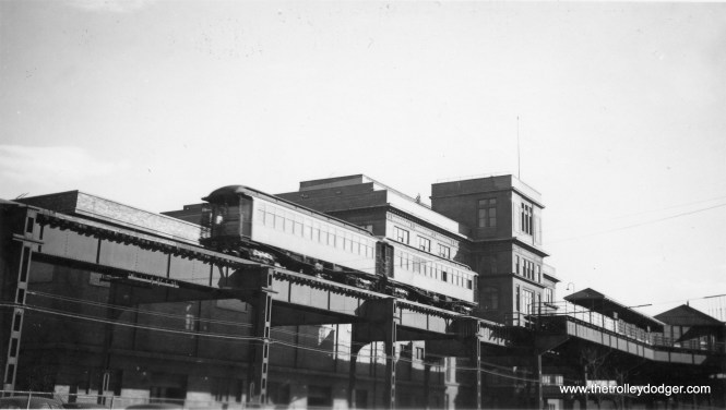 The stations on the Stock Yards loop had but one side platform, as there was only a single track. This is the Armour station,
