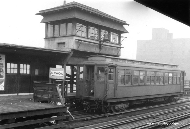 A Kenwood shuttle train at Indiana Avenue in the 1950s.