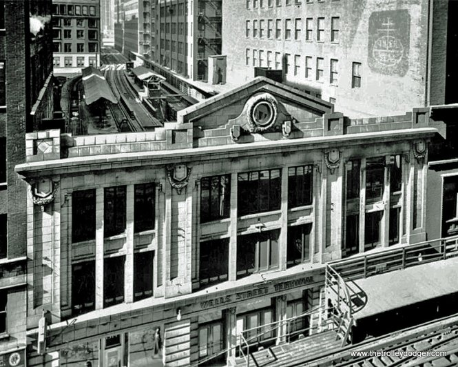 The façade of Wells Street Terminal, after it was renovated in the late 1920s, with the addition of two levels. It was designed by Chicago Rapid Transit Company staff architect Arthur U. Gerber. (Jack Bejna Collection)