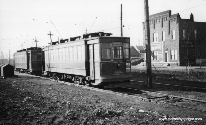 """north destination Navy Pier. I'd like to add that I see so many trolley poles on the cars, going in both directions, that I think this place was the south terminal which was just north of 93rd St. South of 93rd St., the tracks were used for only a short distance by 93rd/95th St. cars."""""""