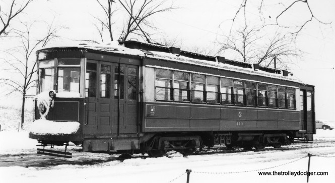 CSL 419 at the east end of the Chicago Avenue line on December 27, 1946.