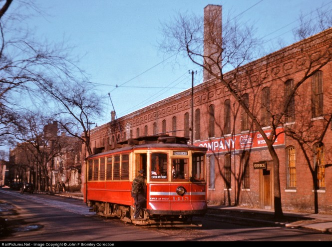CSL 1415, built originally in 1906, is at work on Racine at Belden on the WEBSTER RACINE route. The photographer is unknown. An original Kodachrome from February 1942. (John F. Bromley Collection)