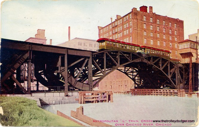 """A nice colorized postcard view of the Met """"L"""" twin bridges over the Chicago River. (William Shapotkin Collection)"""