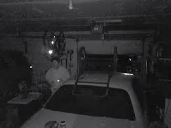 Diren in Markus garage