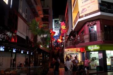 Triq Santa Rita -katu --- Triq Santa Rita street