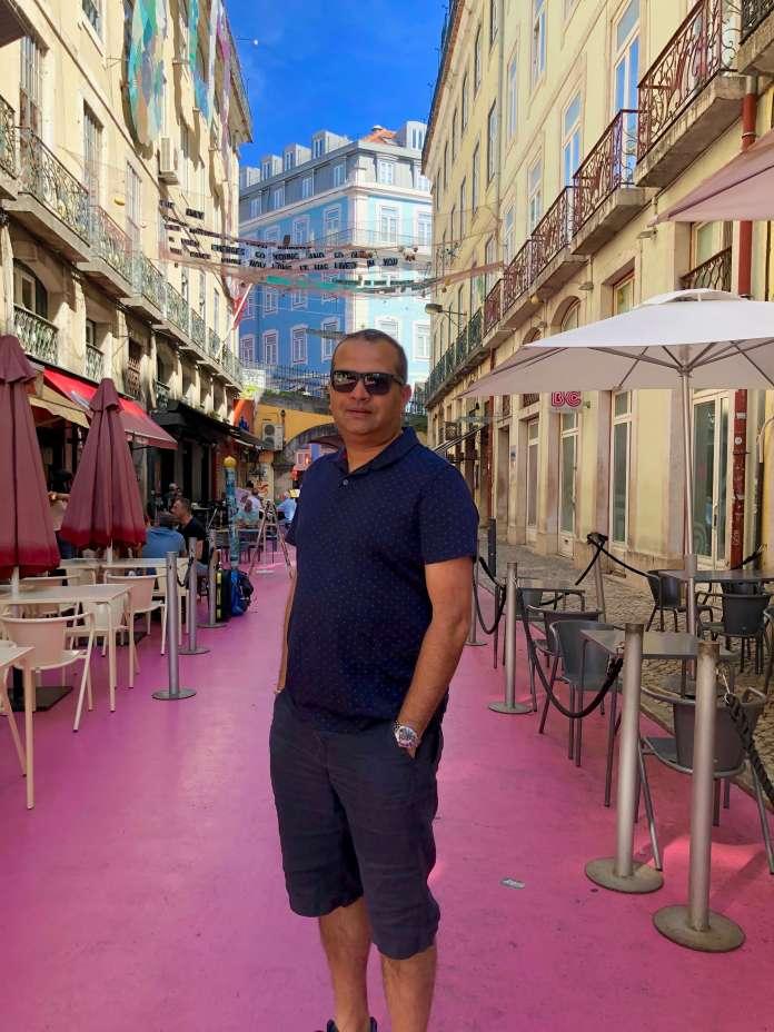 2 Days in Lisbon - visit the Pink Street